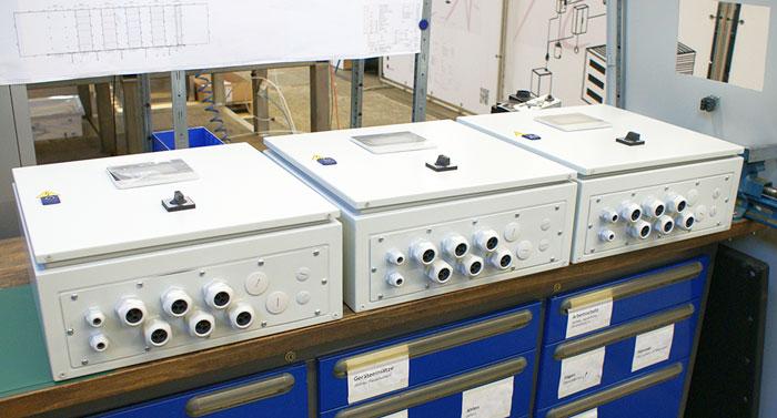 Système SCR : armoires électriques